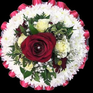 funeral-based-posy-with-red-ribbon