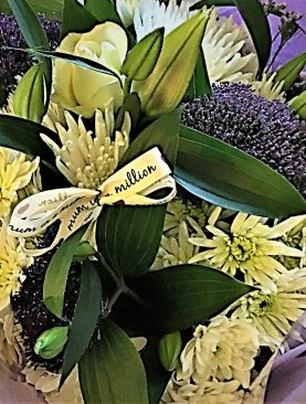 Lily 'Mothers Love' Fresh Flower Bouquet