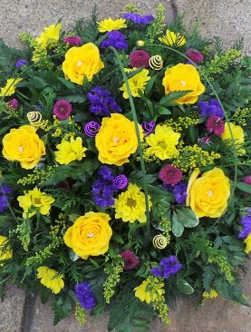 Loose Funeral Wreath Yellow and Purple