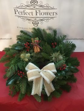 Spruce Wreath with Hessian Bow and decorations
