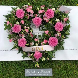 funeral-loose-open-rose-pink-heart