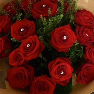 Stunning-Red-Roses-Fresh-Floral-Bouquet